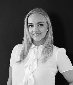 Arta Smiltina  Emirates Living Specialist