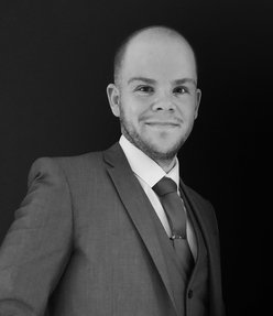 Nicholas Edwards Dubai Marina, JLT & JBR Specialist