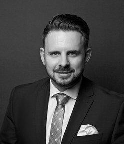 Darren Jarvis Emirates Living Specialist